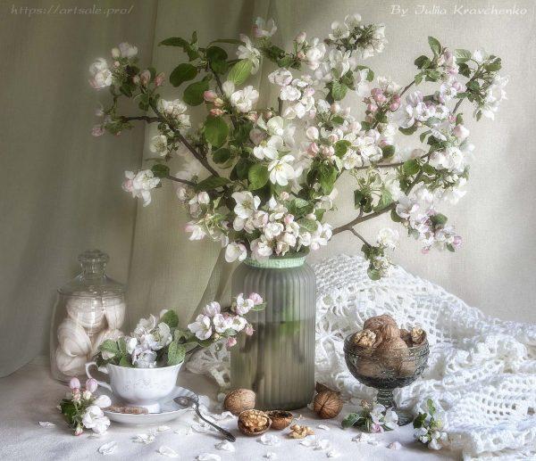 """фото натюрморт """"Цветы старой яблони"""", автор - Юлия Кравченко."""
