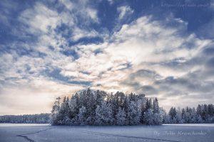 """художественная фотография в жанре пейзаж """"Снегопад на озере"""""""